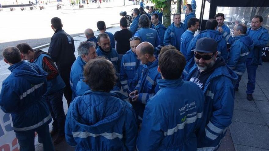 Trabajadores de una de las contratas de Movistar en Galicia
