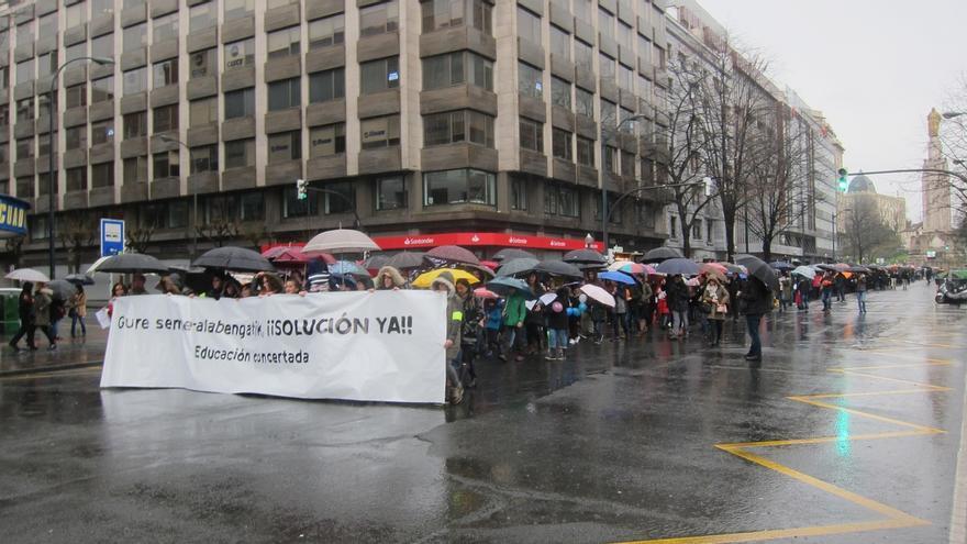 """Ampas de la red concertada piden al Gobierno Vasco """"no desentenderse del conflicto"""" y lamentan que no se negocie"""