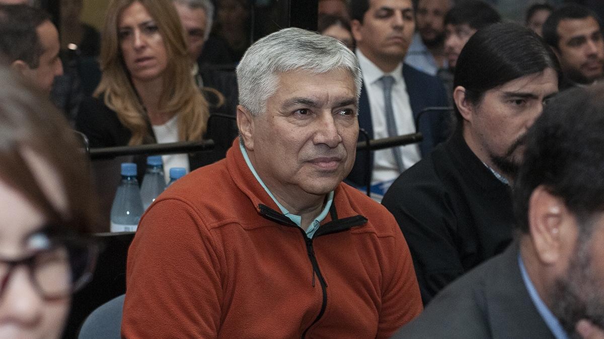 Báez durante el juicio por presunto lavado en su contra. En febrero, fue sentenciado a 12 años.
