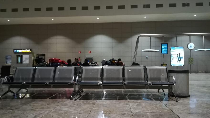 Banco del aeropuerto de Alicante donde ha dormido Jack durante los últimos años.
