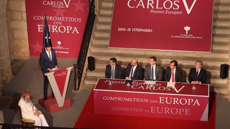 """Entrega del """"Premio Europeo Carlos V"""" / Twitter @CasaReal"""