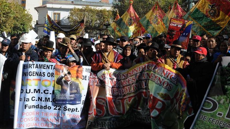 Morales marcha por el Día del Trabajo por primera vez en la oriental Santa Cruz