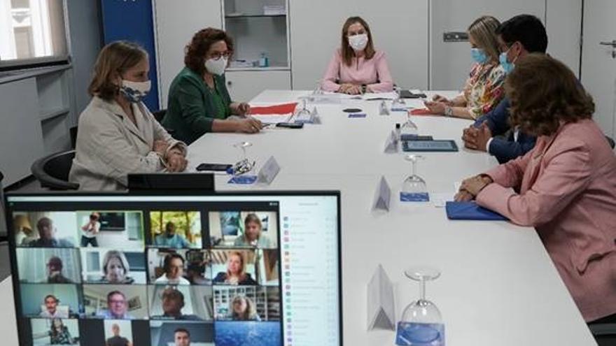 La vicesecretaria de Política Social del PP, Ana Pastor, se reúne con la Comisión de Consumo del PP en la sede del partido. En Madrid, a 28 de junio de 2021.