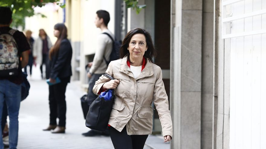 AMPL-Margarita Robles defiende que no pueda ser cargo público quien tenga dinero en el extranjero, aunque esté declarado