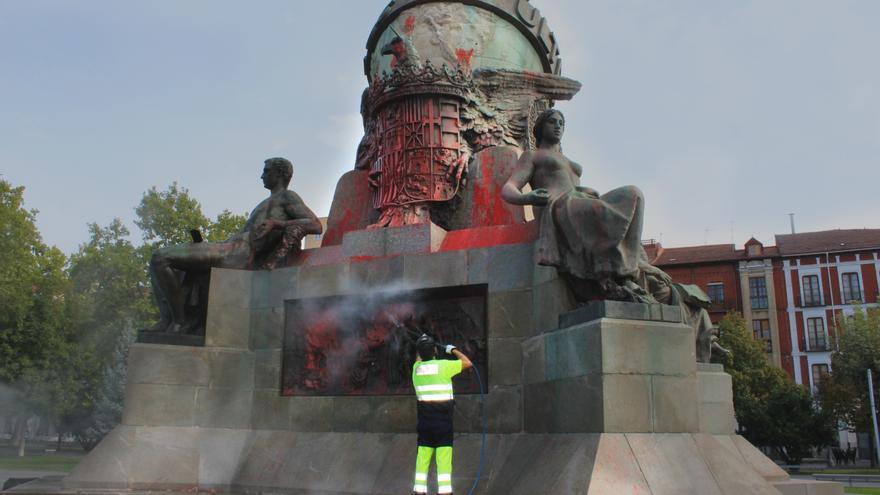 La estatua de Colón de Valladolid ha sido vandalizada esta madrugada.