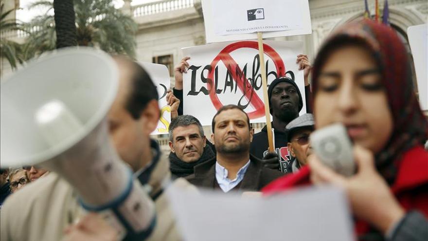 Entidades sociales y religiosas claman en Valencia contra la islamofobia