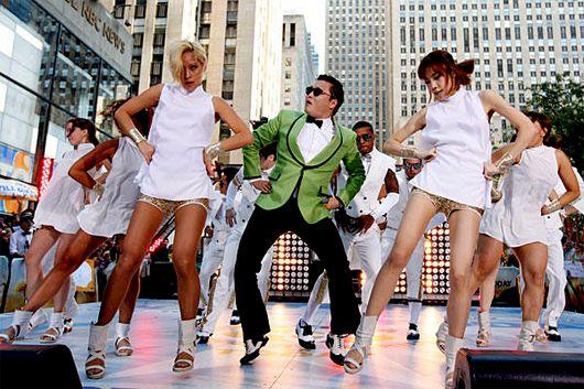 El fenómeno de Gangnam Style continúa con las lecciones del 'baile del caballo'