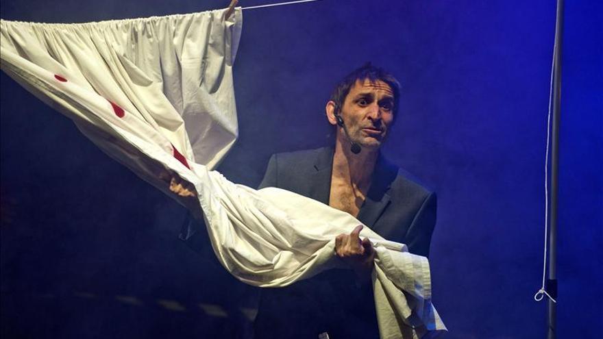 Albert Pla asegura que le importa un rábano que le suspendan el concierto de Gijón