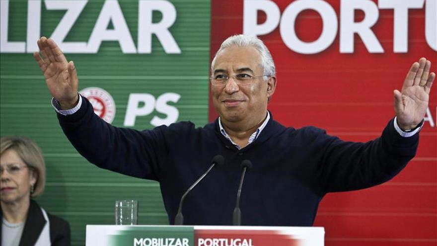 """El nuevo líder del PS ve al partido """"más fuerte"""", a pesar de las diferencias"""