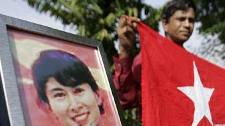 Líder opositora Aung San Suu Kyi