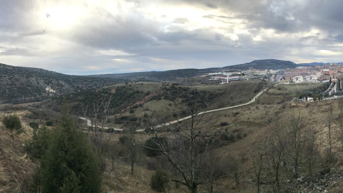 La vista general de la zona desde el castillo de Soria.