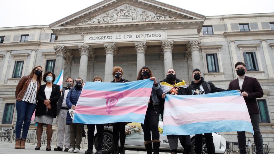 ERC quiere que el Estado pida perdón a las personas trans por la violencia sufrida