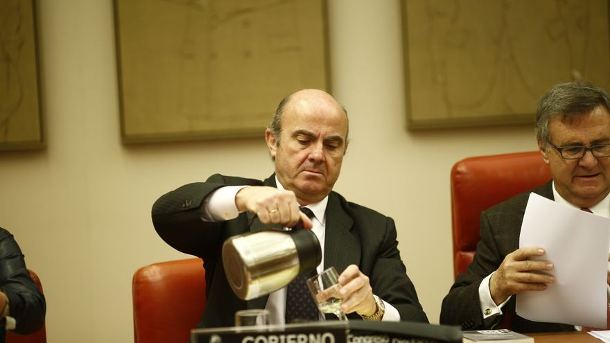 El Congreso prioriza la creación de la Comisión de Economía, que echará a andar el lunes, para citar después a Guindos