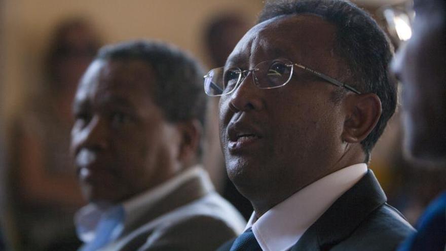 Madagascar retorna a la democracia con Rajaonarimampianina como presidente