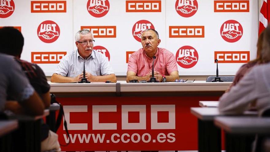 CCOO y UGT pactan una declaración conjunta para exigir diálogo a los partidos