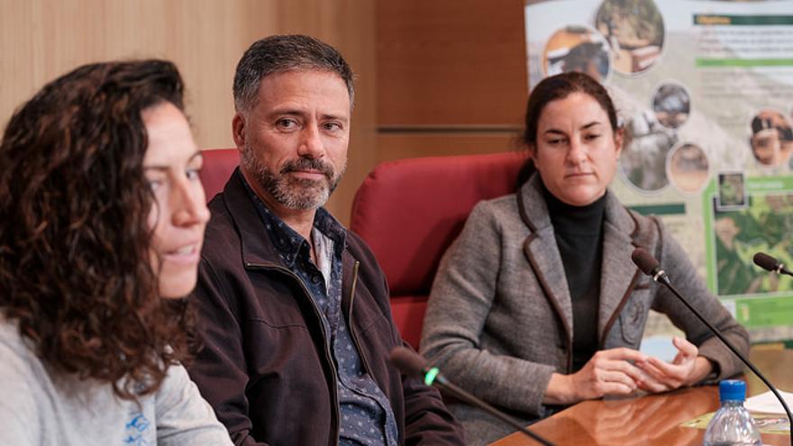 El consejero de Medio Ambiente del Cabildo de Gran Canaria, Miguel Ángel Rodríguez (c)