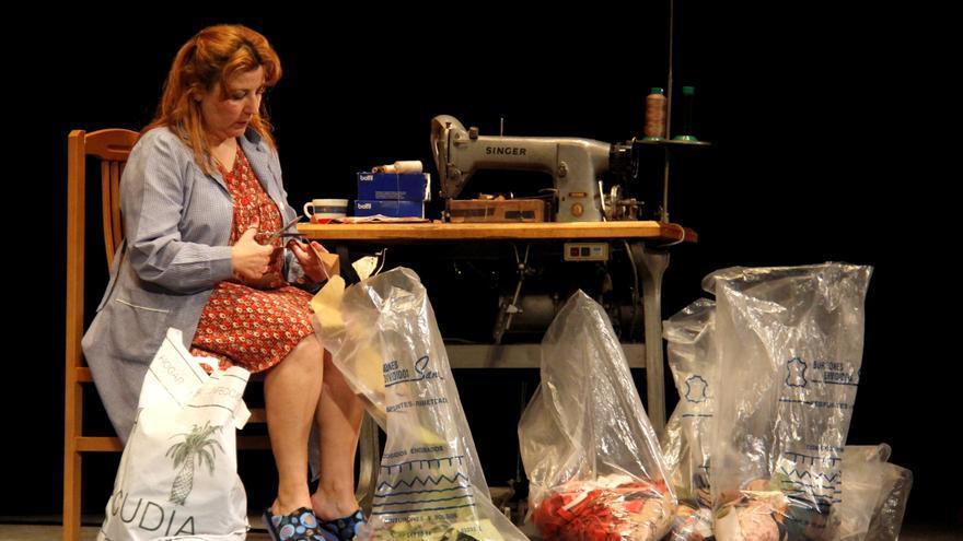 Escena de 'La Fábrica' en el Gran Teatre d'Elx