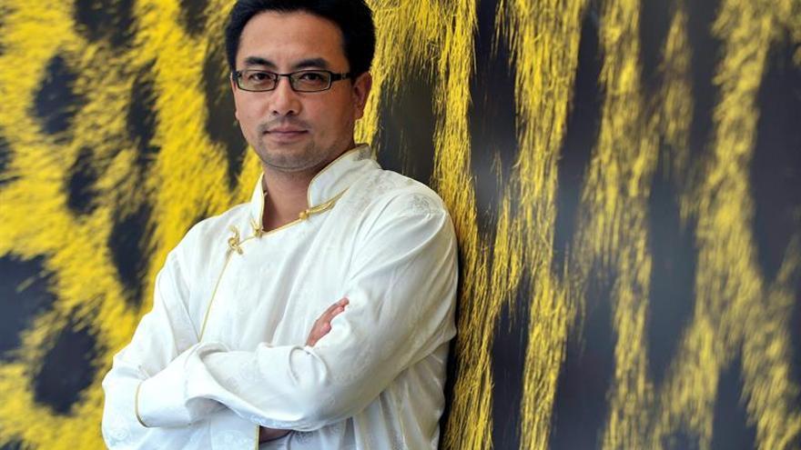 Hospitalizan a un director de cine tibetano después de ser arrestado en China