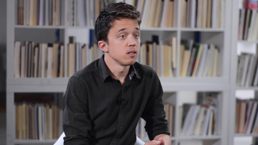 El candidato de Más Madrid a la Comunidad, Íñigo Errejón, durante su entrevista con eldiario.es.