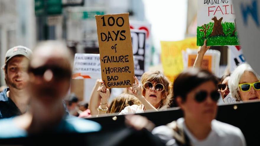 Protesta ante la Torre Trump de Nueva York contra la política sobre el clima