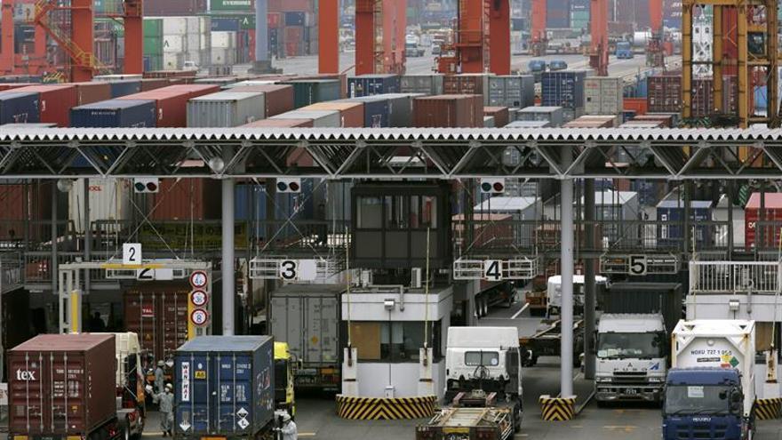 Japón registró un déficit comercial de 184 millones de dólares en agosto