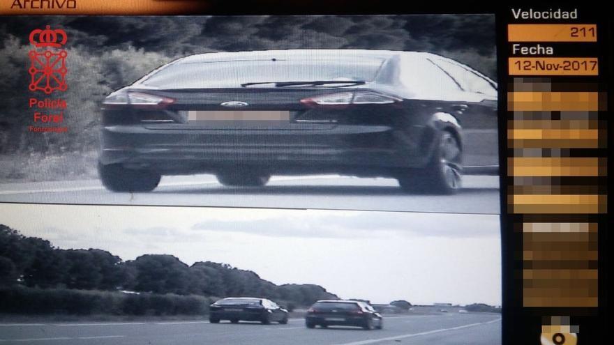Detenido en Valtierra por conducir a 211 km/h sin tener permiso y con un carné falso