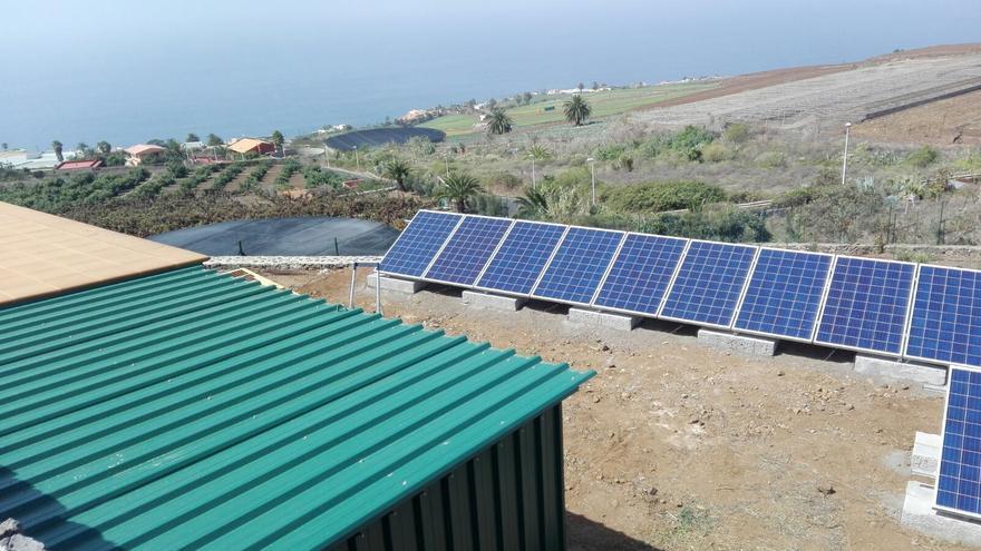 Placas fotovoltaicas, en la bodega El Sitio