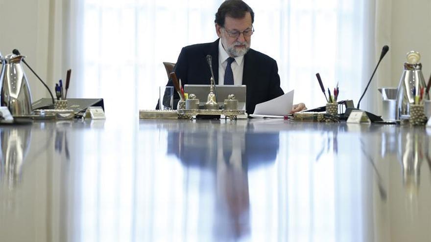 Rajoy convocará al Consejo de Ministros tras el aval del Senado al 155