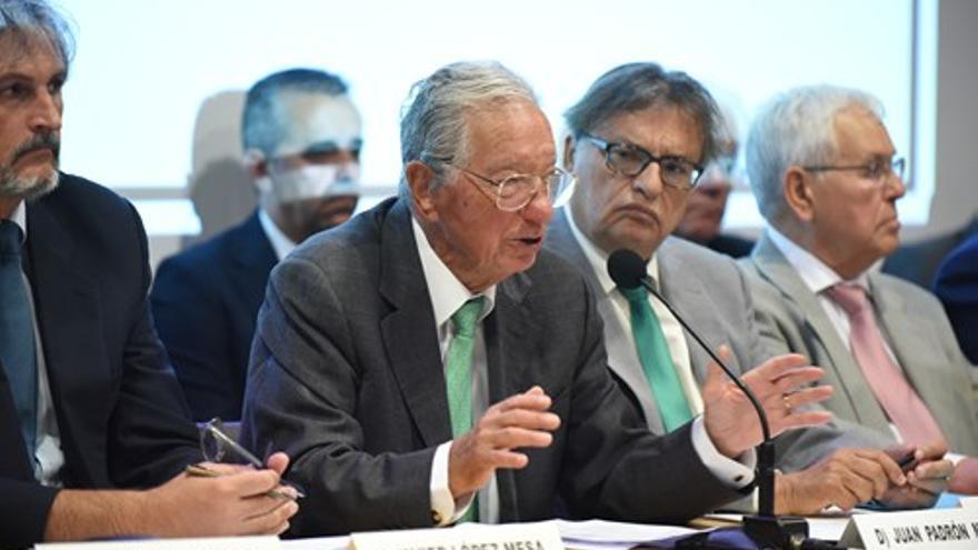 Padrón es presidente de la Tinerfeña desde 1984