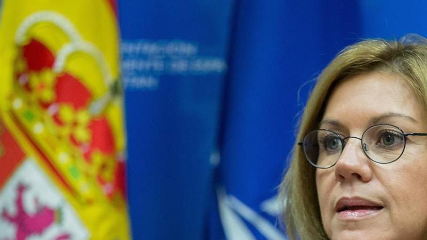 """Cospedal, en la OTAN: """"Nadie va a la cárcel por ser independentista """""""