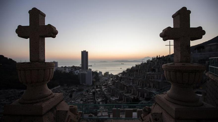 Las nuevas sepulturas hongkonesas: arte con cenizas o cementerios virtuales