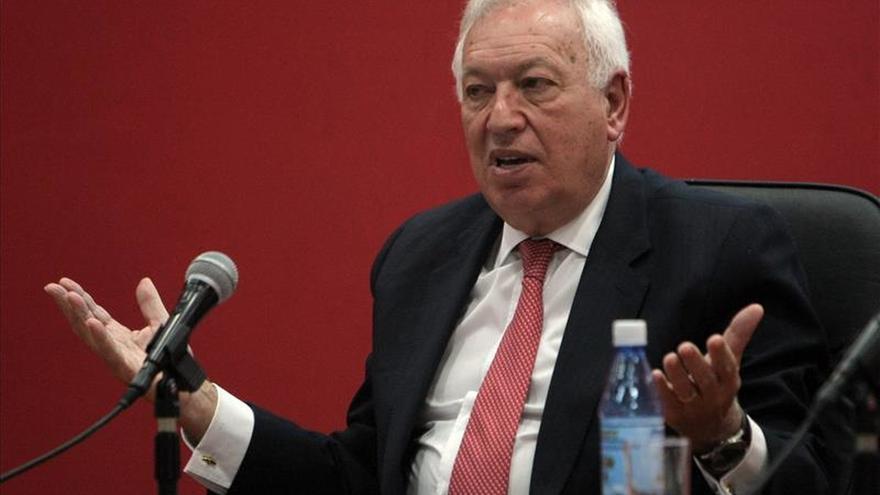 Margallo llega a Paraguay en una visita oficial para afianzar las relaciones