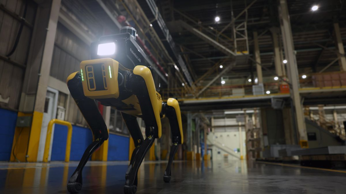 El robot vigilante de Hyundai cuenta con una cámara térmica integrada y un LiDAR 3D.