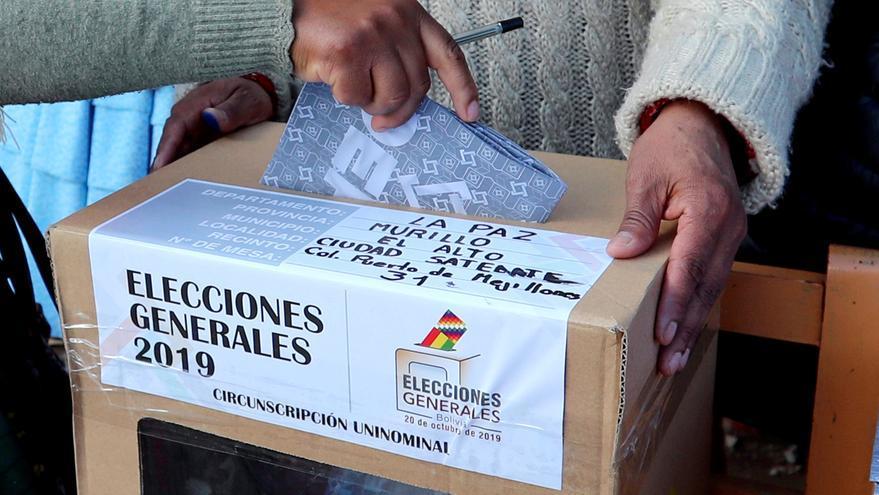 La Fiscalía boliviana defiende la pericia que niega un fraude y la oposición la cuestiona