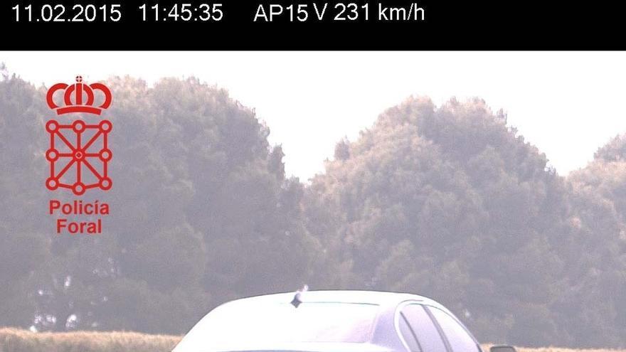 Detenido por circular a 231 km/h en la Autopista de Navarra a la altura de Olite