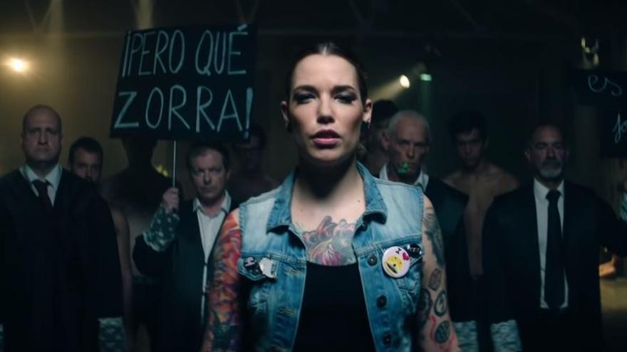 Captura del vídeo promocional del Salón Erótico de Barcelona.