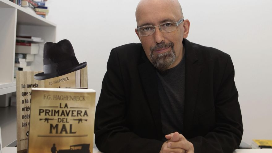 Fallece el escritor mexicano Francisco Haghenbeck a los 56 años por covid-19