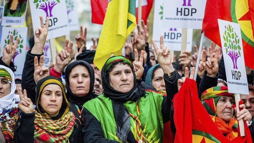 Una manifestación prokurda contra Erdogan reúne a cientos de personas en Bruselas