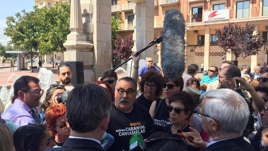 Miembros de Salvem el Cabanyal trasladan sus quejas a Joan Ribó y Ximo Puig