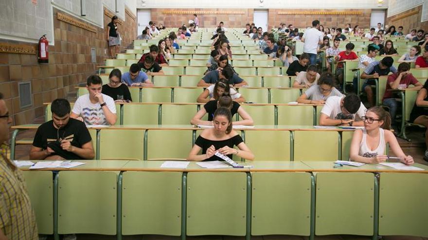 El presupuesto en Educación sube 1,7 %, con 30 millones para el refuerzo escolar
