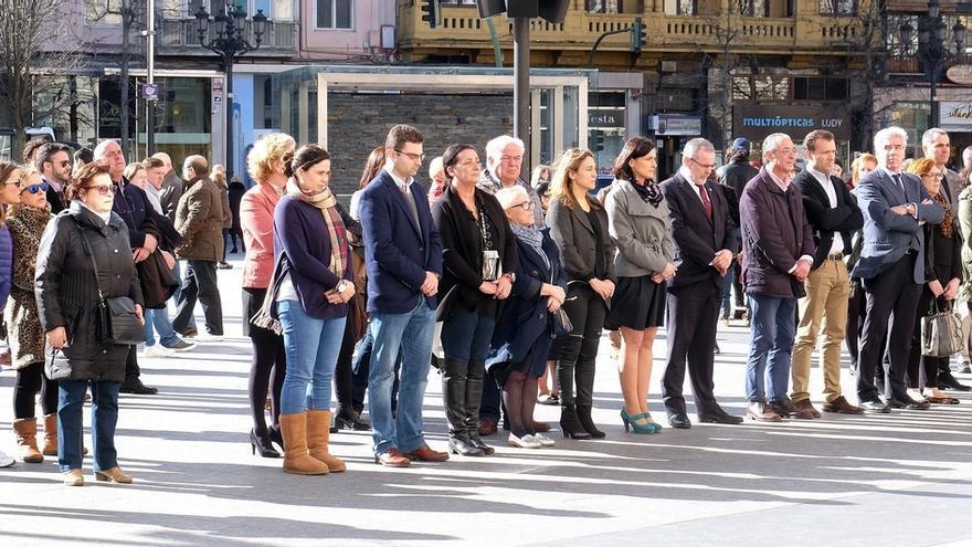 Santander muestra su condena a la violencia de género tras el asesinato de otra mujer en Seseña