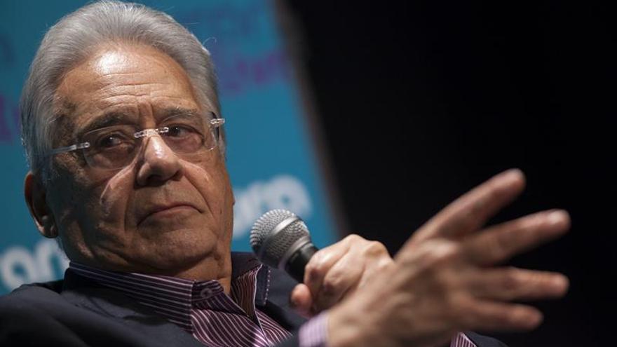 Investigarán una denuncia de una examante contra el expresidente brasileño Cardoso