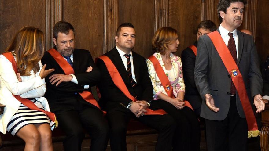 El alcalde de Huesca, Felipe Fácil, el día de su investidura.