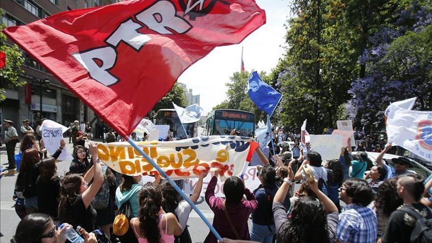 Profesores chilenos llegan a acuerdo con el gobierno en demandas laborales