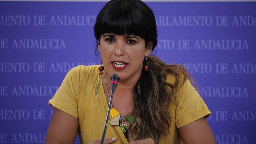 "Teresa Rodríguez acusa a Susana Díaz de ""echar gasolina en incendios ajenos"" y le afea que apoye a Rajoy"