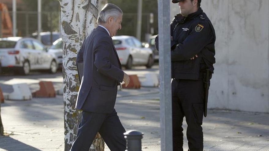 """El auditor dice que las """"black"""" de Caja Madrid no eran visas de representación. lo pongo en Madrid"""