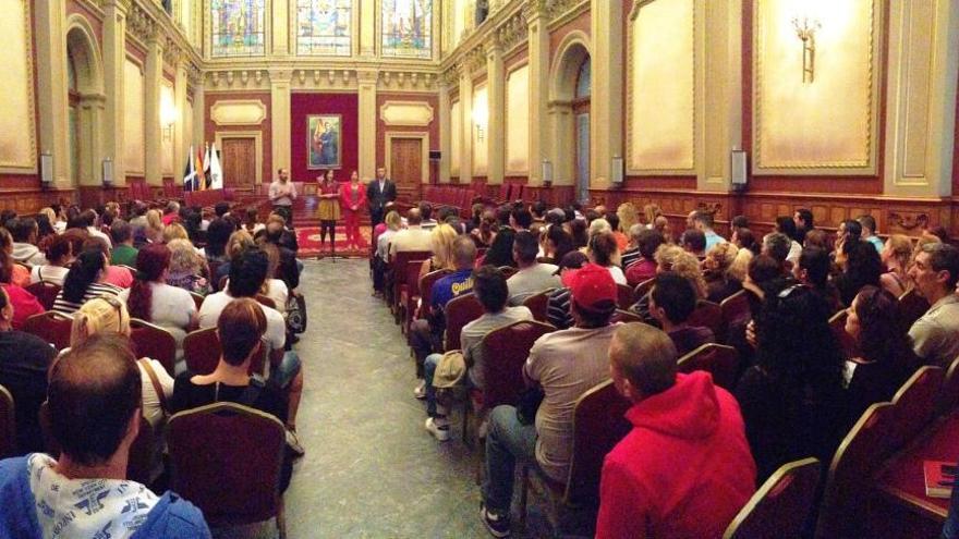 Acto de bienvenida a los participantes en el nuevo convenio.