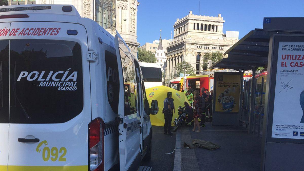 Despliegue de emergencias por el accidente mortal de Cibeles   EMERGENCIAS MADRID