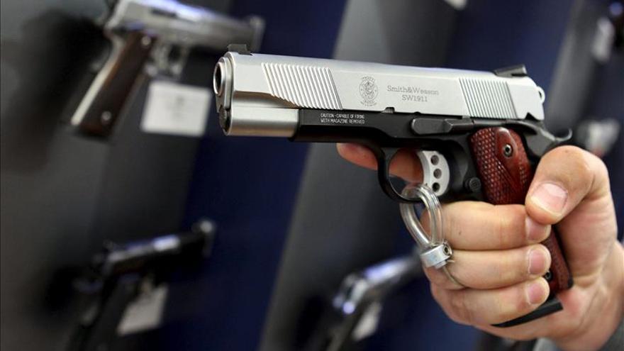 Smith and Wesson incrementa sus ventas en un 32 por ciento en el último trimestre