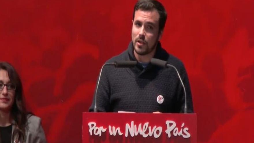 Garzón avisa a Podemos de que las candidaturas de Cataluña y Galicia son independientes